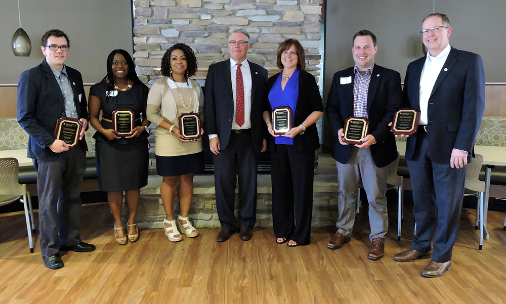 Photo of Chancellor Allison and 2016 Alumni of the Year